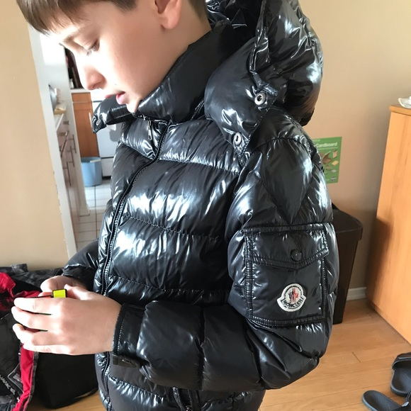 6aa6816a4 moncler puffy winter jacket kids EUC authentic